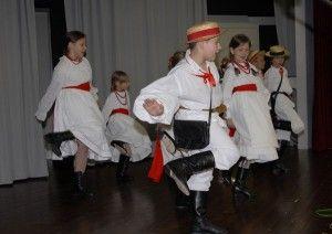 Polonijny Zespół Tańca Lasowiacy.