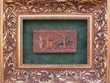 Replika fryzu z Tenczyna przedstawiającego polowanie na dzika.