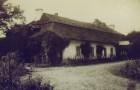 Dwór w Żurawnicy w roku 1907. Foto: Izabela Fac.