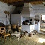 BonKultury2014 Dwory Karwacjanów, wnętrze chaty z Moszczenicy.